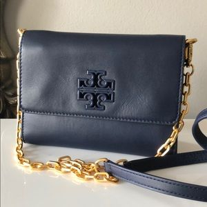 NWT Tory Burch lily chain wallet bag